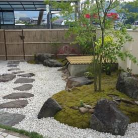 樹脂素材の竹垣のガーデンリノベーション工事 宍粟市