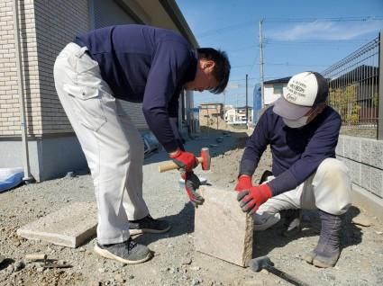 姫路市外構工事|板石土留め