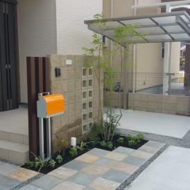 姫路市外構|限られた空間の中にコンパクトにまとめた可愛い門廻りとナチュ...