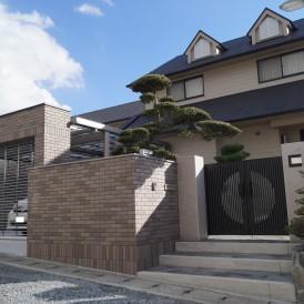 電動シャッターゲートとタイル張の門塀 姫路