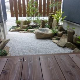 限られた空間に安らぎをテーマにした庭 姫路市 O様邸
