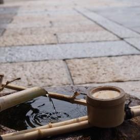 風格のある重厚な石畳と鉄平石の和の庭 姫路市Y様邸