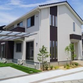 すっきりとしたデザインのカーポート 姫路市T様邸